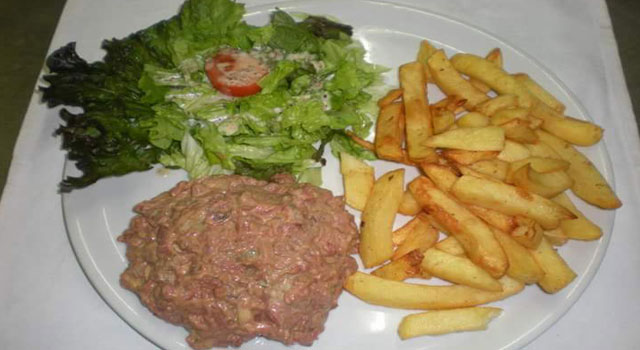 Steak Tartare au Couteau